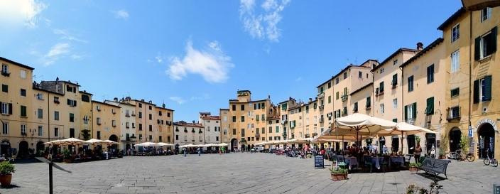 Viaggio a Lucca